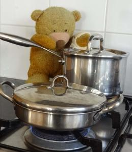 Cooking_pots and pans_Bobby